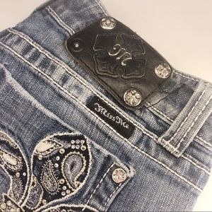 EUC Miss Me Distressed Bootcut Jeans 29